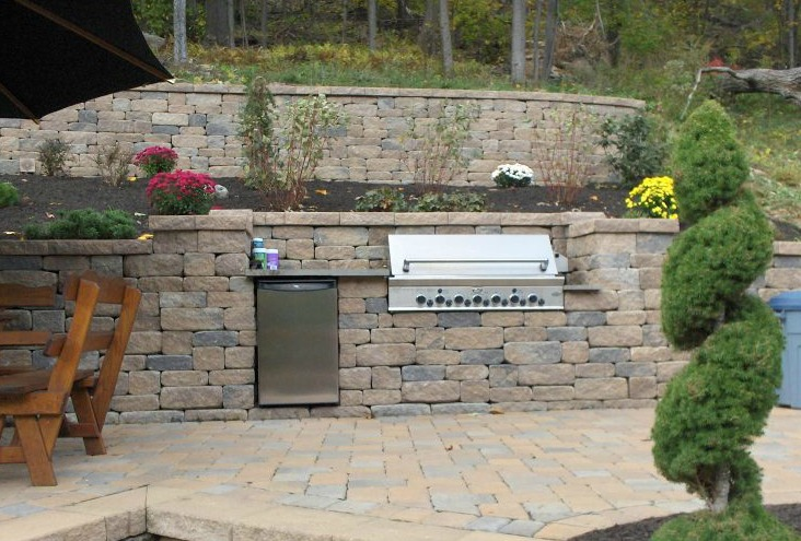SRW, outdoor kitchen