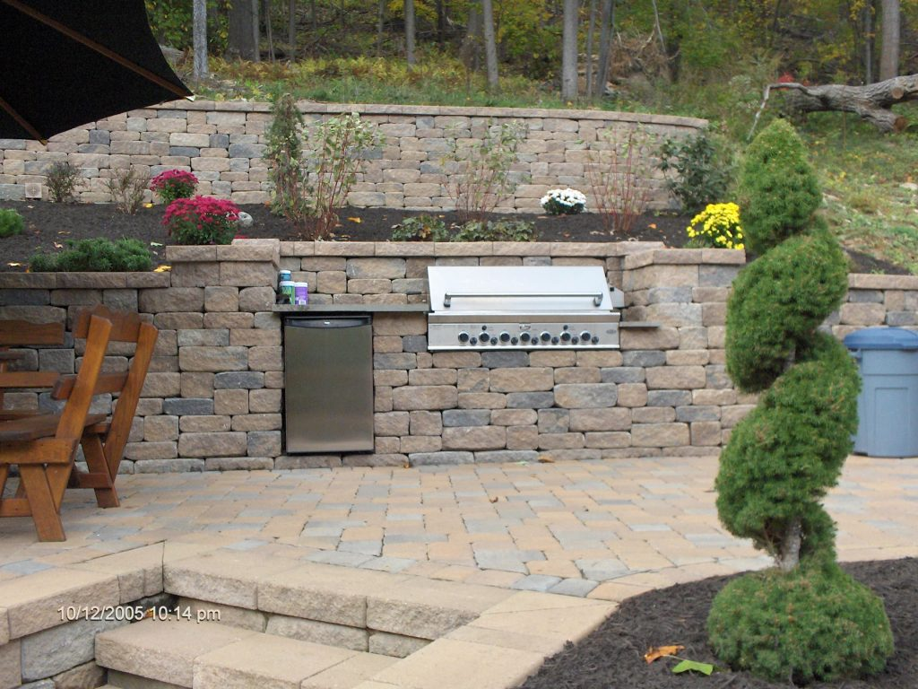 Homeowners Get Cooking with Outdoor Kitchens - Concrete