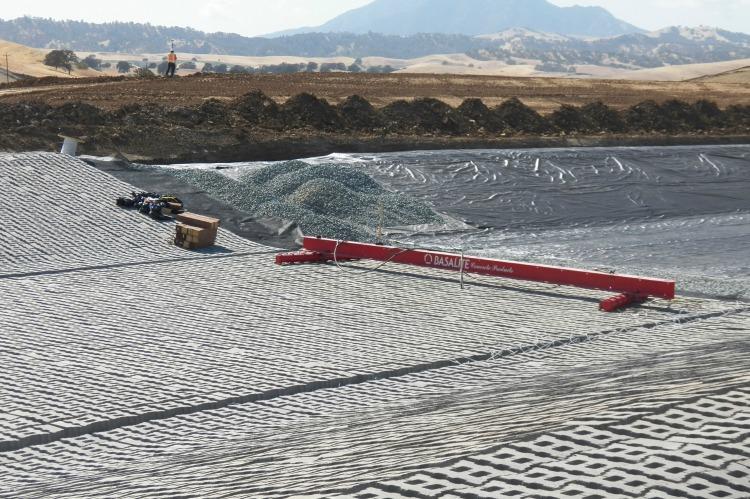 cmd, concrete block, flood